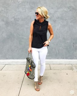 Latest Jeans Outfits Ideas For Spring11