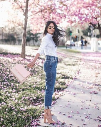 Latest Jeans Outfits Ideas For Spring25