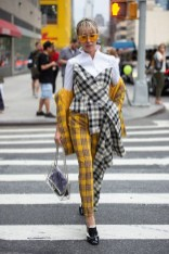 Pretty Fashion Outfit Ideas For Spring10