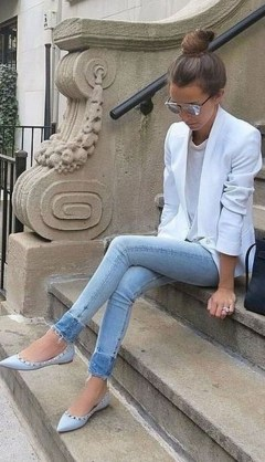 Pretty Fashion Outfit Ideas For Spring33
