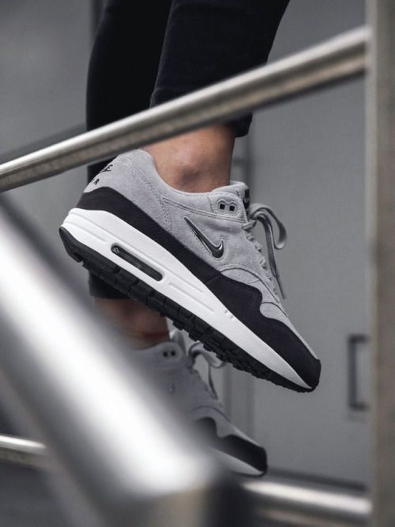 Affordable Sneakers Shoes Ideas For Men16