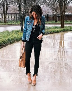 Attractive Spring Outfits Ideas05