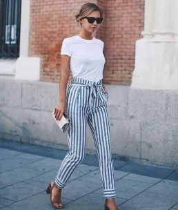 Attractive Spring Outfits Ideas10