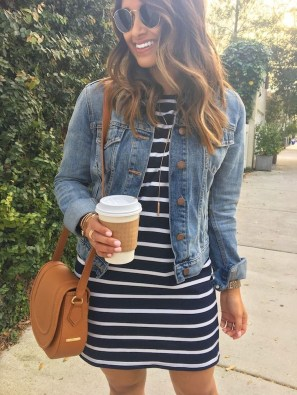 Attractive Spring Outfits Ideas17