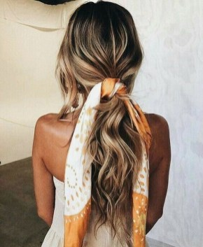 Beautiful Long Hairstyle Ideas For Women33
