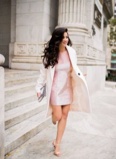 Charming Dinner Outfits Ideas For Spring37