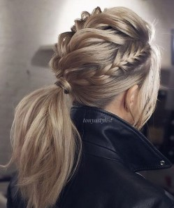 Charming Ponytail Hairstyles Ideas With Sophisticated Vibe17