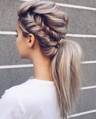 Charming Ponytail Hairstyles Ideas With Sophisticated Vibe23
