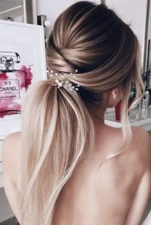 Charming Ponytail Hairstyles Ideas With Sophisticated Vibe29