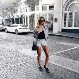 Fabulous Spring Outfits Ideas To Wear Now39