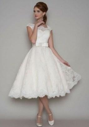 Gorgeous Tea Length Wedding Dresses Ideas07