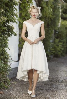 Gorgeous Tea Length Wedding Dresses Ideas11