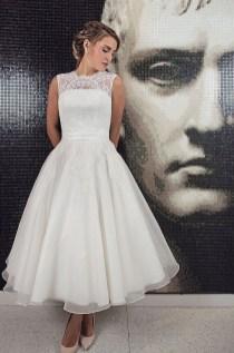 Gorgeous Tea Length Wedding Dresses Ideas14