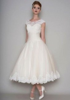 Gorgeous Tea Length Wedding Dresses Ideas39