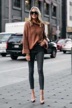Impressive Sweater Outfits Ideas For Spring12