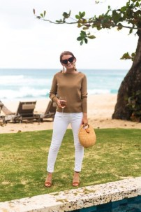 Impressive Sweater Outfits Ideas For Spring48