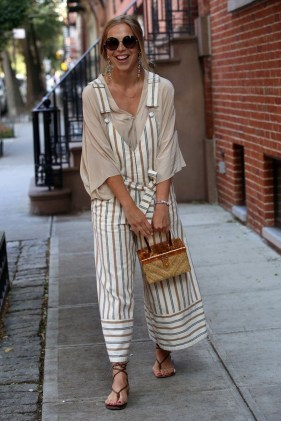 Outstanding Outfit Ideas To Wear This Spring39