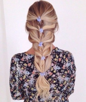 Stylish Mermaid Braid Hairstyles Ideas For Girls08