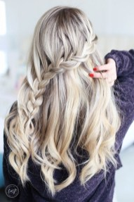 Stylish Mermaid Braid Hairstyles Ideas For Girls30