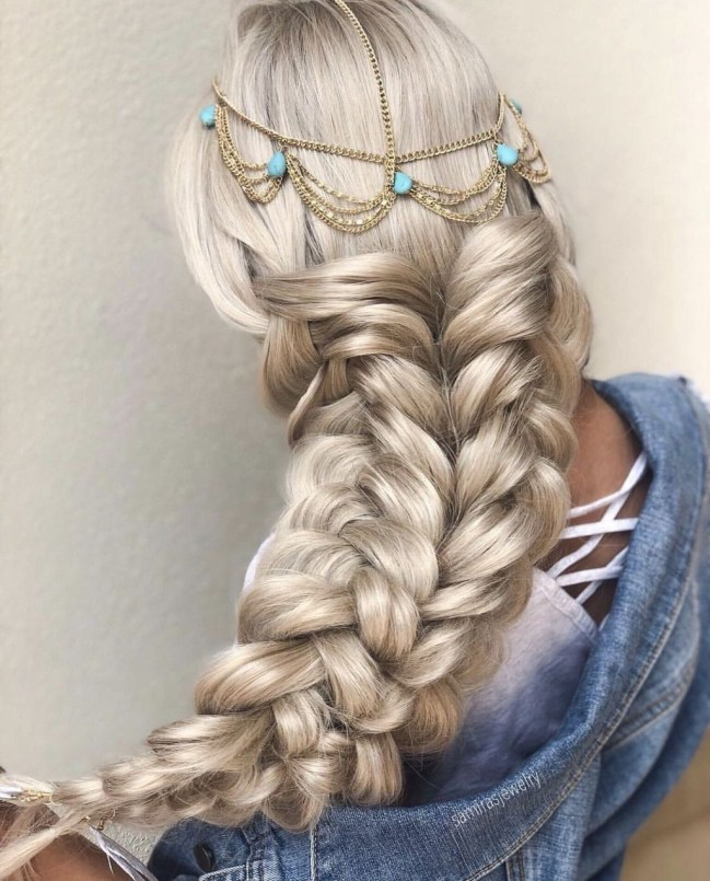 Stylish Mermaid Braid Hairstyles Ideas For Girls46