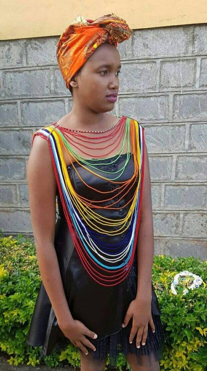 Cool Neckpieces Ideas For Women13