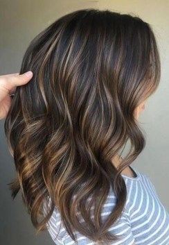 Elegant Dark Brown Hair Color Ideas With Highlights06