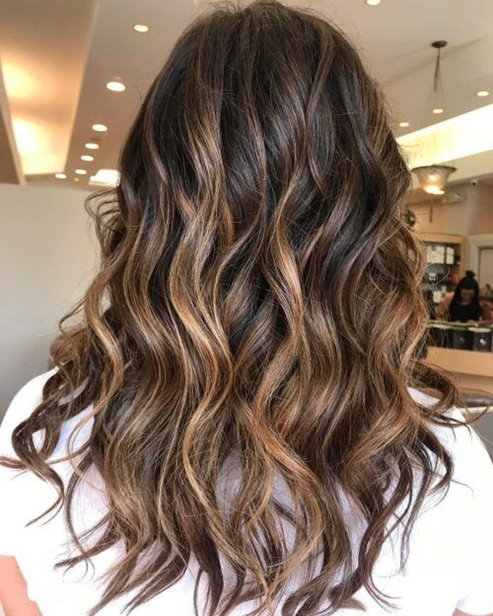 Elegant Dark Brown Hair Color Ideas With Highlights16
