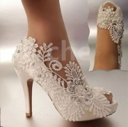 Lovely Wedding Shoe Ideas To Get Inspired07