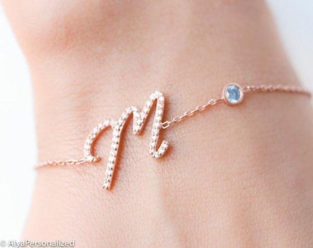 Newest Bracelets Ideas For Women36