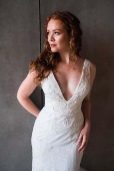 Pretty V Neck Tulle Wedding Dress Ideas For 201915