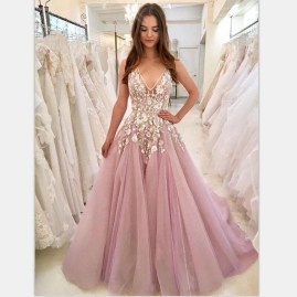 Pretty V Neck Tulle Wedding Dress Ideas For 201923