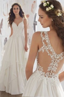 Pretty V Neck Tulle Wedding Dress Ideas For 201930