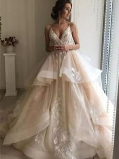 Pretty V Neck Tulle Wedding Dress Ideas For 201931