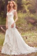 Pretty V Neck Tulle Wedding Dress Ideas For 201941