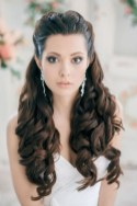 Unique Wedding Hairstyles Ideas For Round Faces42