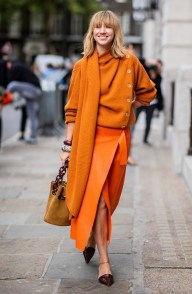 Unusual Orange Outfit Ideas For Women10
