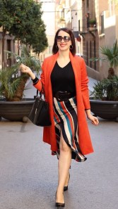 Unusual Orange Outfit Ideas For Women39