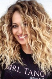 Captivating Boho Hairstyle Ideas For Curly And Straight Hair31