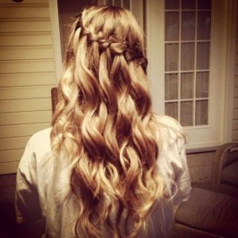 Classy Curly Hairstyles Design Ideas For Teenage In 201931