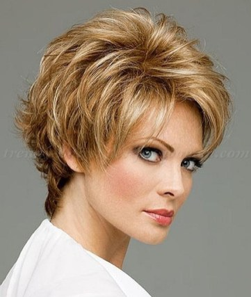 Cute Short Hairstyles Ideas For Women Over 5006