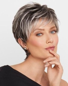 Cute Short Hairstyles Ideas For Women Over 5010