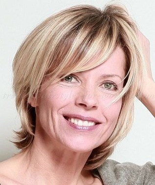Cute Short Hairstyles Ideas For Women Over 5033