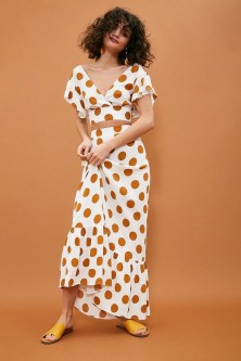 Delicate Polka Dot Maxi Skirt Ideas For Reunion03