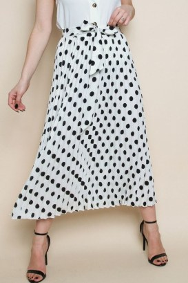 Delicate Polka Dot Maxi Skirt Ideas For Reunion08