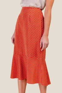 Delicate Polka Dot Maxi Skirt Ideas For Reunion28