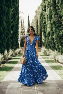 Delicate Polka Dot Maxi Skirt Ideas For Reunion38