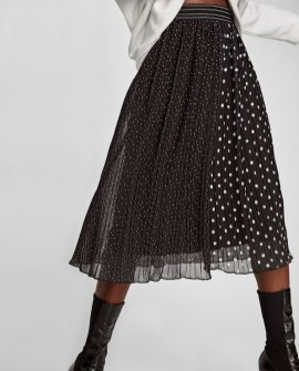 Delicate Polka Dot Maxi Skirt Ideas For Reunion44