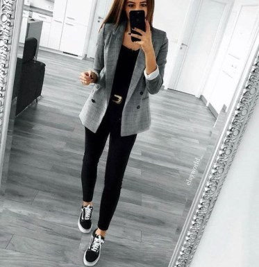 Fashionable Work Outfit Ideas To Try Now08