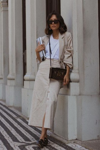 Fashionable Work Outfit Ideas To Try Now13