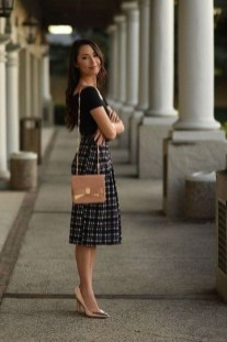 Fashionable Work Outfit Ideas To Try Now19